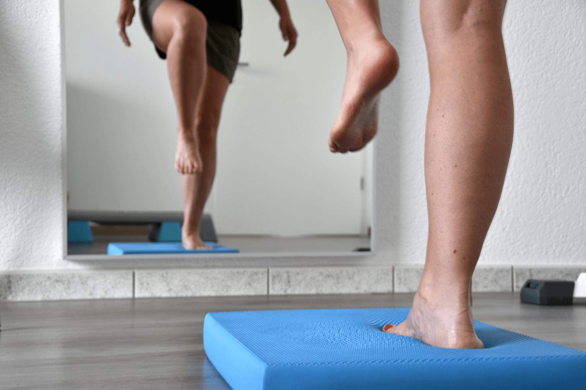 exercice d'équilibre chez le physio à Onex